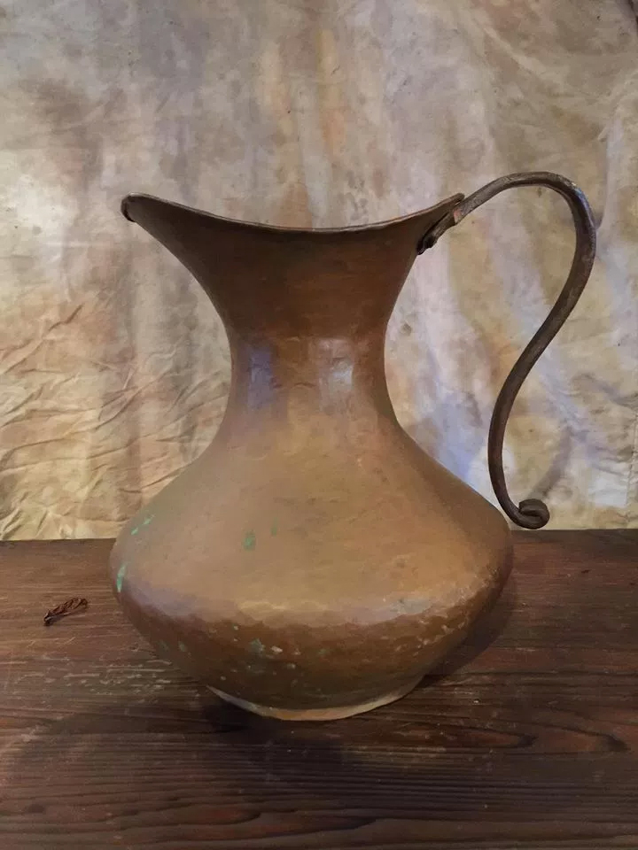 銅製のピッチャー画像5